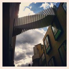#RoyalOperaHouse #CoventGarden #London #bridge #walkway. Photo by @sparrow_tweets