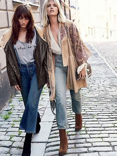 Fall Street Style Outfits to Inspire Herbst Streetstyle Mode / Fashion Week Week Boho Outfits, Street Style Outfits, Fall Outfits, Fashion Outfits, Denim Outfits, Retro Outfits, Fashion Boots, Casual Outfits, New York Fashion