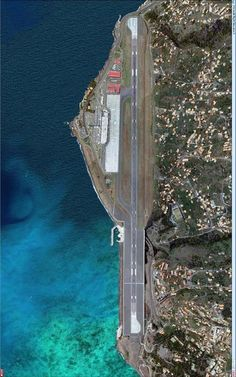 Aeirport da Madeira (FNC), Santa Cruz, Ilha da Madeira, Portugal