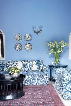 Discover blue bedroom and living room ideas on HOUSE - design, food and travel by House & Garden. Get stylish design ideas for decorating with something blue. Blue Bedroom Walls, Blue Bedroom Decor, Blue Rooms, Blue Walls, White Bedroom, Room Colors, House Colors, Wall Colours, Bright Colours