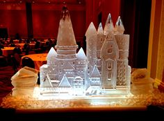 Hogwarts castle ice sculpture for a Senior prom. #icesculptures