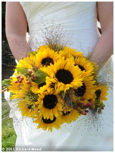 don't think i've ever seen a sunflower bouquet