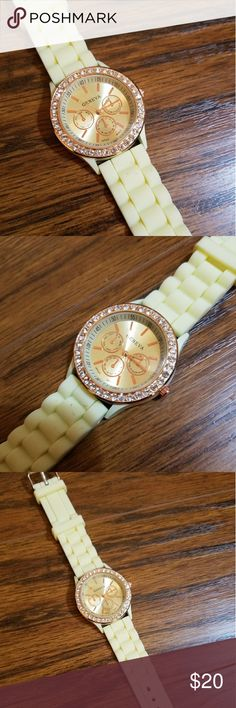 🆕 GENEVA Yellow & Gold Crystal Fashion Watch NEW NEW, Yellow & Gold Fashion Watch!  Beautiful and Comfortable! Just the right amount of Bling!  Bundle and Save  Please chk out my other listings  Thank you! Please Follow! Adding lots of new items!  ~~~ Lots of VS PINK, Boutique Clothing, High end makeup, Shoes, Boots, etc & so much more to list!!! So please don't forget to follow! ~~~ Geneva Accessories Watches