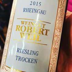 #riesling Robert Weil #rheingau 2015 light opening for a Riesling lineup tonight :-)