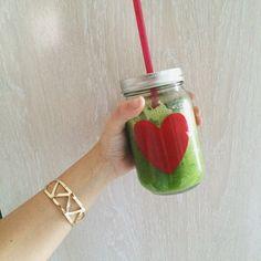 Zumo Verde: Apio y Espinacas   1 REFLEJO EN EL ESPEJO + #VIVESANO +