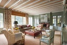 kenamp: French country style furniture Kitchen Elle Decor French Country Style Interiors Rooms With French Country Decor French Country Interiors, French Country Living Room, French Country Style, French Country Decorating, Italian Style, Country Chic, Elle Decor, Olive Green Rooms, Style Rustique