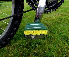 Barefoot Friendly Bike Pedals #bicycle #upcycle