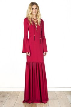 See all the Collection photos from Rachel Zoe Spring/Summer 2016 Ready-To-Wear now on British Vogue Runway Fashion, High Fashion, Fashion Show, Fashion Outfits, Fashion Design, Gypsy Fashion, Women's Fashion, Fashion History, Fashion Clothes
