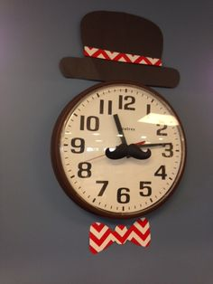 Cute clock idea at IPA Educational in Springfield, Mo using CTP's Mustache and Poppy Red Chevron. So cute! http://ipaeducational.com/
