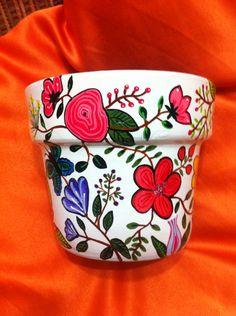 Clay Pot Projects, Clay Pot Crafts, New Crafts, Creative Crafts, Flower Pot Art, Clay Flower Pots, Flower Pot Crafts, Painted Clay Pots, Painted Flower Pots