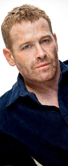 Max Martini (Fifty Shades of Grey, Fifty Shades Darker, Captain Phillips, Pacific Rim, The Unit, Saving Private Ryan, Revenge ...)