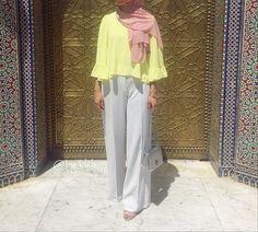 """937 Likes, 21 Comments - @by.kha on Instagram: """"Black dress chez @muslimtendanceparisienne ✨ Mon voile de super bonne qualité chez @belle.en.hijab 🕊"""""""