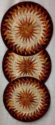 Seasonal Table Runner, Quiltworx.com, Made by CS Quilt Foundry.