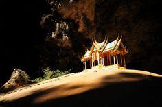 Phryanakhon Cave - Sam - Roy - Yod National Park   Prachuap-Kiri-khan province Thailand