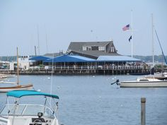 Shelter Island Yacht Club. Shelter Island, Yacht Club, Opera House, Building, Travel, Construction, Trips, Buildings, Viajes