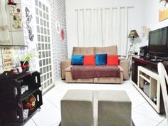 Couch, Furniture, Home Decor, Ideas, Settee, Decoration Home, Sofa, Room Decor, Home Furnishings