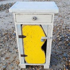 Yellow Driftwood Floor Cabinet (rc157)