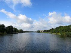 Canal de Caen à la mer (vers Caen)_Bénouville (Calvados, France)_2014-08-09 © Hélène Ricaud-Droisy (HRD)