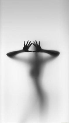 Fine Art Photography Women Shadows Ideas For 2019 Art Photography Women, Shadow Photography, Dark Photography, Erotic Photography, Black And White Photography, Capture Photography, Photography Poses, Phone Backgrounds, Iphone Wallpaper
