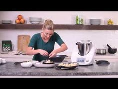 Justine Schofield - Thermomix ® Chicken wonton soup - YouTube