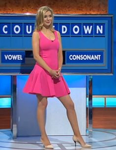 Countdown's Rachel Riley reveals one-eyed snake bedroom shocker Rachel Riley Bikini, Rachel Riley Legs, Racheal Riley, Bollywood, Tv Girls, Beautiful Legs, Beautiful Females, Gorgeous Women, Trendy Girl