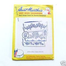 Vintage Iron On Transfer Blue Onion by Aunt Martha Embroidery Needlework 3759
