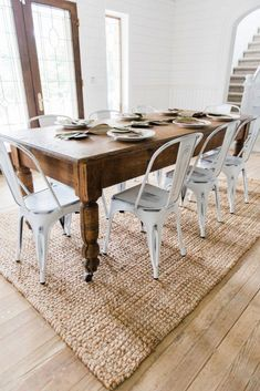 White Metal Chairs Dining Room Decor by Liz Marie - Home Decor Farmhouse Dining, Dining Room Floor, Dining Table, Dining Room Updates, Metal Dining Chairs, Dining Room Decor, Dining Room Table, Dining Chairs, Metal Dining Table