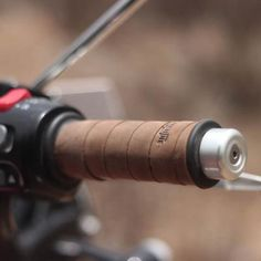 Grips Wrap - Tobacco Brown - Trip Machine Indian Scout Sixty, Leather Bicycle, Cafe Bike, Ready To Roll, Bobber Motorcycle, Cafe Style, Leather Conditioner, Mini Bike, Motorcycle Accessories