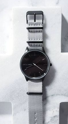 Dusty is one of our most popular styles. It's a super piece of minimalist wrist candy with a black/grey contrast. This watch is going to be available on our launch night!