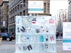Smart strategy to encourage people to break out of the chill and fall into summer #Ambient #Marketing