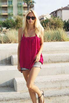 Blusa/Blouse: Topshop  Shorts: H & M  Sandals/Sandals: Topshop  Bolso/Bag: Topshop