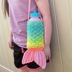 Ravelry: Mermaid Tail Water Bottle Cozy pattern by Osage County Crochet Crochet Simple, Crochet Cozy, Crochet Gifts, Cute Crochet, Crochet Mask, Crochet Amigurumi, Crochet Stitch, Ravelry Crochet, Crochet Purse Patterns