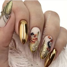 Almond nail art designs for girls on the go, trendy bright colors and warm colors for every woman, we sorted beautiful design that you can Classy Nails, Fancy Nails, Stylish Nails, Nail Art Designs Videos, Fall Nail Designs, Autumn Nails, Fall Nail Art, Chrome Nails, Gold Nails
