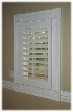 horizontal blinds for sliding glass doors also a neat way to hang