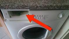 Als ich vorhin das Fach für den Weichspüler & das Waschmittel rausholte, traf mich der Schlag. Bitte verratet mir, wie ich das wieder richtig sauber kriege?