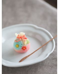 Japanese Candy, Japanese Sweets, Japanese Food, Wagashi Recipe, Japan Cake, Japanese Wagashi, Cute Food Art, Cute Desserts, Food Decoration