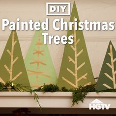 The wife will love this. Never thought Id be doing this myself. wow I need to get some plans My family is going to love diy tiny homes kids ! diy-tiny-homes. Christmas Tree Painting, Wood Christmas Tree, Simple Christmas, Christmas Holidays, Christmas Ornaments, Christmas Projects, Holiday Crafts, Holiday Decor, Disney Christmas Decorations