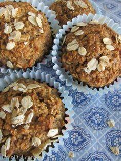 No Flour, Sugar Free, Oil Free Healthy Oatmeal Muffins Recipe | http://brendid.com/healthy-oatmeal-muffins-no-flour-no-sugar-no-oil/