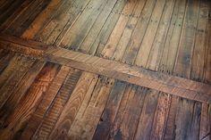 Pallet Wood Flooring - iCreatived