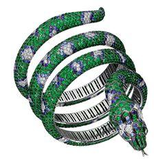 Boucheron bracelet snake emerald sapphire diamond