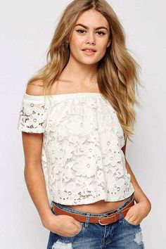 Sexy Charming Lace Off-the-shoulder Crop Top