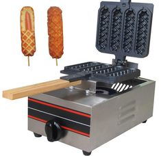 Online Shop Muffin Hot dog machine in snack machines Bubble Waffle, Waffle Bar, Waffle Iron, Cool Kitchen Gadgets, Cool Kitchens, French Hot Dog, Dog Vegetables, Waffle Machine, Street Food
