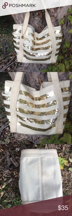 """Big Buddha Tote Great big canvas and sequins Tote. With magnetic closure. A little dirty but in great condition. Strap drop is 8"""". 21x12x7 Big Buddha Bags Totes"""