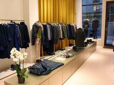 Gabucci Donna på Nybrogatan 26 i Stockholm Stockholm, Closet, Home Decor, Armoire, Decoration Home, Room Decor, Interior Design, Closets, Home Interiors