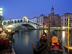 Rialto Bridge, Grand Canal, Venice, Italy Photographic Print by Demetrio Carrasco at AllPosters.com