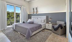 Moderne schlafzimmermöbel ~ Modernes schlafzimmer türkisblau holz deckengestaltung schwarz