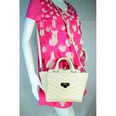ขาย JASPAL กระเป๋าสะพายหนัง PU สีครีม ในราคา ฿1,895 ซื้อได้ที่ Shopee ตอนนี้เลย!https://shopee.co.th/vesellfashionshop/172242002/  #ShopeeTH