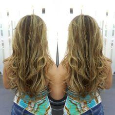#hair #cabello #besosDeSol #sunkissed #axelbesosdesol #axelsunkissed #hairdresser #hairstylist #estilista #peluquero #Panama #pty #picoftheday #mirrorphoto #multiplaza #axel04 #behindthechair