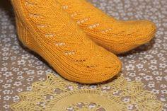 Ravelry: Ilona pattern by Juurakko Creations Knitted Slippers, Slipper Socks, Leg Warmers, Ravelry, Knitting Patterns, Legs, Takana, Google, Fashion