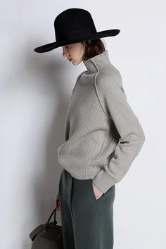 Women's Sweater Cashmere High-collar Thickened Loose Large Size Knitted Wool for Autumn Winter Cashmere Turtleneck, Cashmere Wool, Cashmere Sweaters, Jumpers For Women, Sweaters For Women, Woolen Tops, Basic Outfits, High Collar, Wool Sweaters